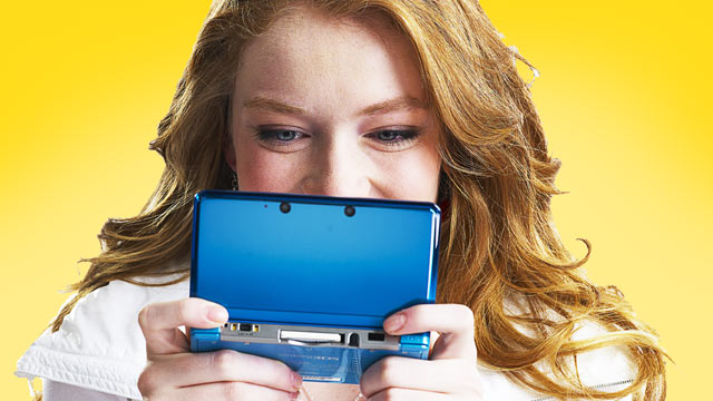 3DS Being Played by Woman