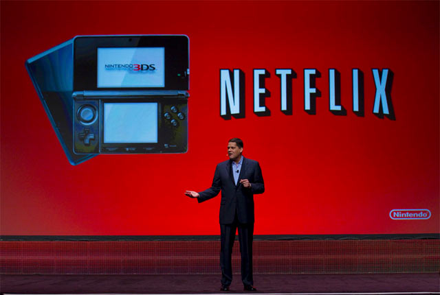GDC 2011 Photo - Reggie Fils-Aime 3DS Netflix